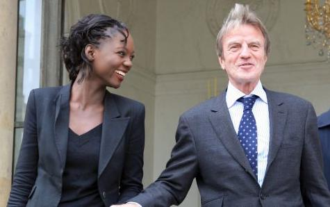 Rama Yade and Bernard Kouchner leave the government