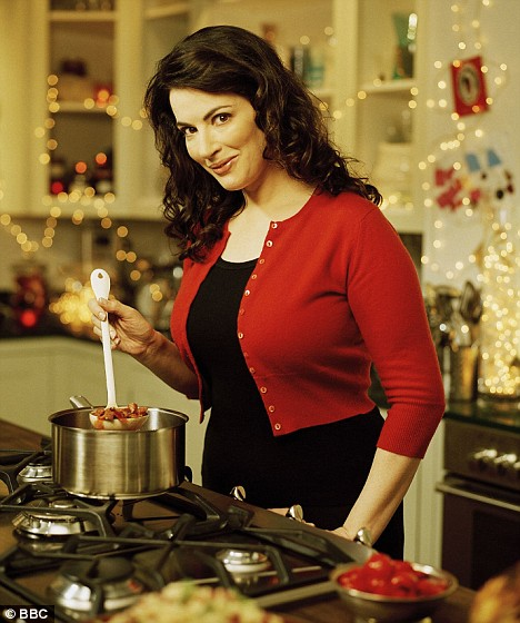Nigella looking much less frazzled and sauce splattered than myself